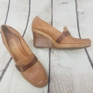 Kenneth Cole Reaction Cederama Wedges Size 9.5